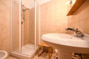 La Villa Fasano, Apartmánové hotely  Gardone Riviera - big - 105