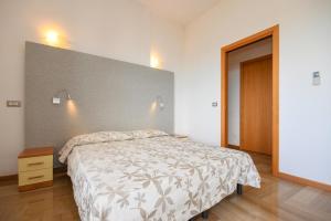 La Villa Fasano, Apartmánové hotely  Gardone Riviera - big - 77