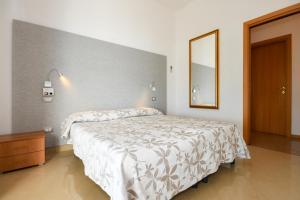 La Villa Fasano, Apartmánové hotely  Gardone Riviera - big - 74