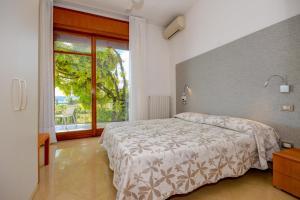 La Villa Fasano, Apartmánové hotely  Gardone Riviera - big - 72