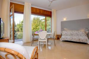 La Villa Fasano, Apartmánové hotely  Gardone Riviera - big - 58