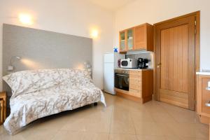 La Villa Fasano, Apartmánové hotely  Gardone Riviera - big - 65