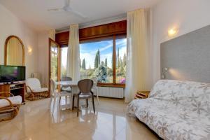 La Villa Fasano, Apartmánové hotely  Gardone Riviera - big - 63