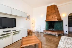 La Villa Fasano, Apartmánové hotely  Gardone Riviera - big - 50