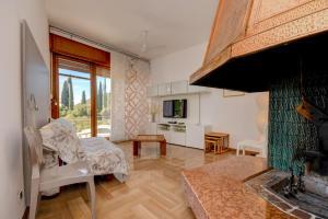La Villa Fasano, Apartmánové hotely  Gardone Riviera - big - 47