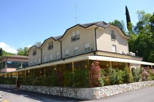 Hotel Edoné