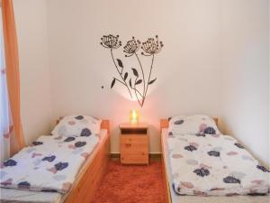 Holiday home Keszeg u-Balatonmariafürdö, Holiday homes  Balatonkeresztúr - big - 17
