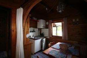 Haus am Schilift, Chalets  Sankt Gilgen - big - 8