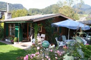 Haus am Schilift, Chalets  Sankt Gilgen - big - 9