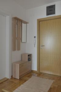 Apartment Vas Raj, Ferienwohnungen  Novi Sad - big - 14