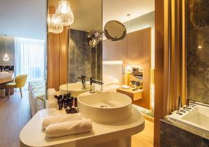 Maestral Resort & Casino, Hotely  Sveti Stefan - big - 6