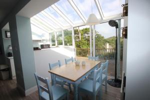 14 Clifden Glen, Дома для отпуска  Клифден - big - 55