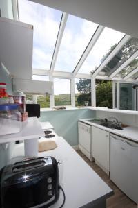 14 Clifden Glen, Holiday homes  Clifden - big - 53