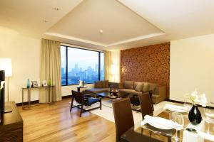 Suite with City View