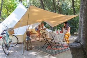 Campeggio Boscoverde, Campsites  Torre del Lago Puccini - big - 78