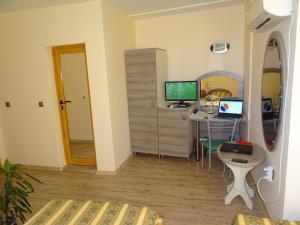 Hotel Color, Hotels  Varna City - big - 48