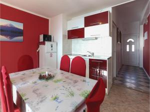 Holiday Home Podstrana 05, Holiday homes  Podstrana - big - 15