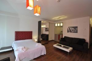 Apartamentos Turisticos Veladiez, Ferienwohnungen  La Lastrilla - big - 4