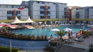 Apartment in Elit 3 Apartcomplex, Apartments  Sunny Beach - big - 11