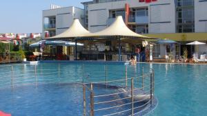 Apartment in Elit 3 Apartcomplex, Apartments  Sunny Beach - big - 10