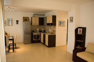 Sunny House Apart Hotel, Apartmanhotelek  Napospart - big - 82