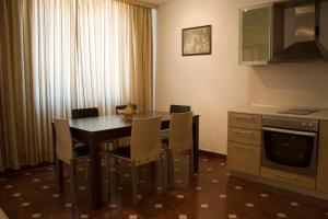 Sunny House Apart Hotel, Apartmanhotelek  Napospart - big - 54