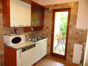 Villa Roses Apartments & Wellness, Apartmanok  Ičići - big - 56