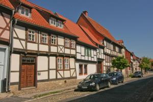 Urlaub im Fachwerk - Das Sattlerhaus, Apartments  Quedlinburg - big - 38
