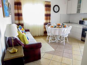 Apartment Mastrinka 2049c, Apartmanok  Trogir - big - 28