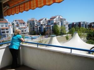 Apartment in Elit 3 Apartcomplex, Apartments  Sunny Beach - big - 15