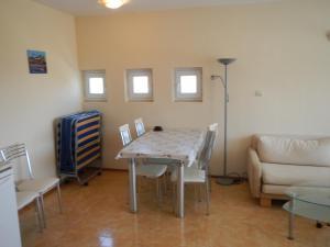 Apartment in Elit 3 Apartcomplex, Apartments  Sunny Beach - big - 14