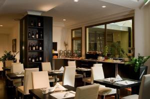 Excel Hotel Roma Ciampino, Hotely  Marino - big - 22