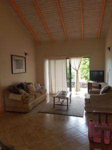 Beautiful Rodney Bay bungalow, Nyaralók  Gros Islet - big - 16