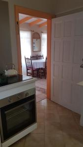 Beautiful Rodney Bay bungalow, Holiday homes  Gros Islet - big - 11