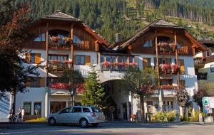 Ferienwohnungen Knaller-Möd - Apartment - Weissensee