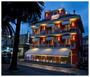 Hotel lo Squalo - AbcAlberghi.com