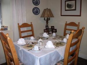 Riverdale Farmhouse, Отели типа «постель и завтрак»  Дулин - big - 34