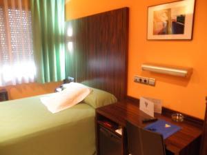 Hotel Gran Via, Hotely  Zaragoza - big - 36