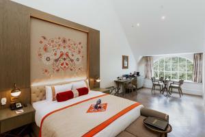 Lambeth Suite