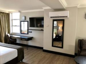 Belaire Suites Hotel, Hotely  Durban - big - 46