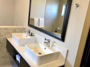Belaire Suites Hotel, Hotely  Durban - big - 36