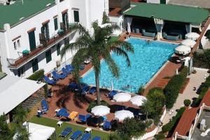 Hotel Lord Byron - AbcAlberghi.com