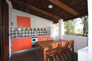 Residence U Veniqui, Nyaralók  Favone - big - 32