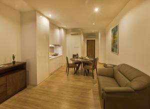 Luxfort 118 Service Suites, Ferienwohnungen  Tanjung Bungah - big - 31