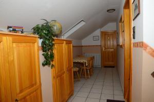 Kaiser Apartman, Ferienwohnungen  Hévíz - big - 9