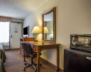 Quality Inn Fort Jackson, Hotels  Columbia - big - 21