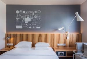 Deluxe Twin Room - High Floor