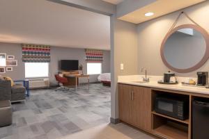 Hampton Inn & Suites Xenia Dayton, Hotels  Xenia - big - 14