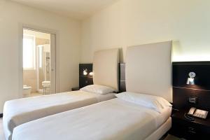 Hotel Fiera Milano, Отели  Ро - big - 15
