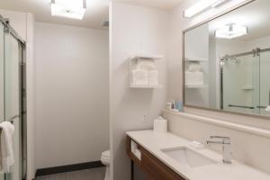Hampton Inn & Suites Xenia Dayton, Hotels  Xenia - big - 13